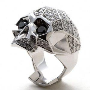 anillos de calaveras